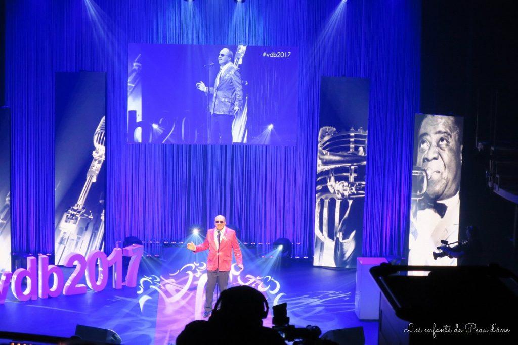 show-3